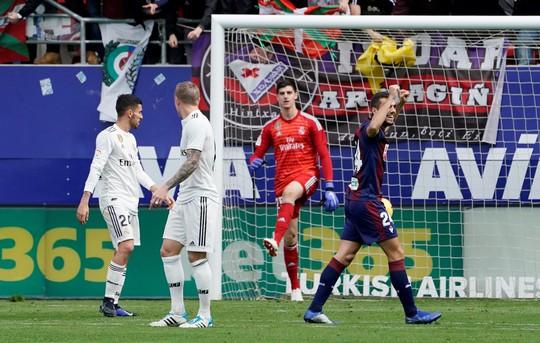 Giữa tâm bão doping, Real Madrid thua thảm ở Eibar - Ảnh 5.