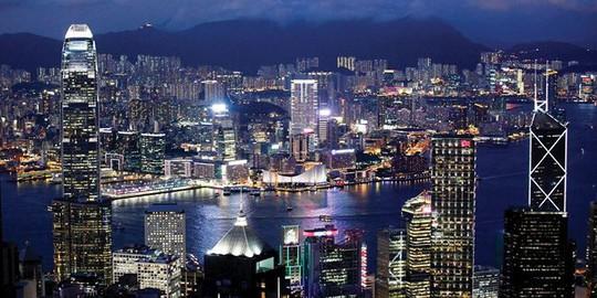 Chỗ đậu xe tại Hồng Kông xô đổ mọi kỷ lục về giá - Ảnh 1.