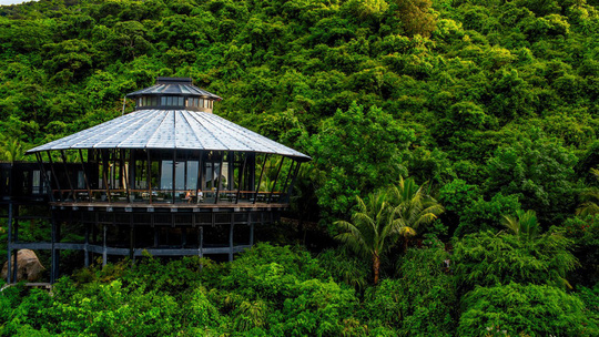InterContinental Danang Sun Peninsula Resort hợp tác với thương hiệu Champagne Taittinger danh tiếng - Ảnh 1.