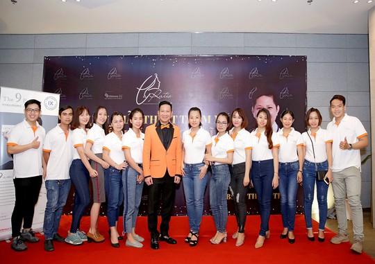 Nhiều ca sĩ, nghệ sĩ ủng hộ dự án phẫu thuật thẩm mỹ của bác sĩ Võ Thành Trung - Ảnh 3.