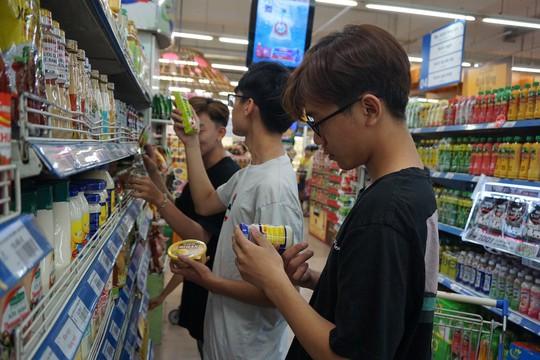 Co.opmart Phước Đông giảm giá mạnh cho hơn 500 sản phẩm dành cho phái mạnh - Ảnh 1.