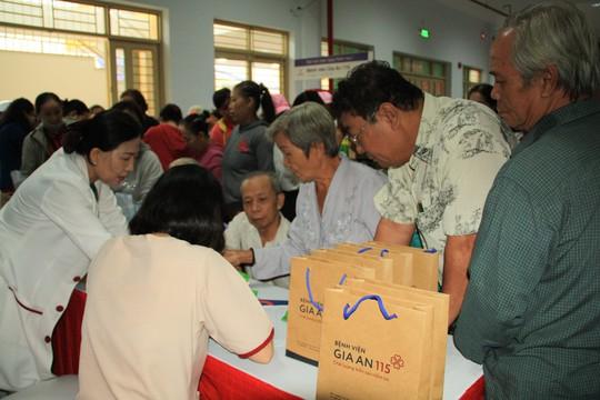 Bệnh viện Gia An 115 hướng đến người cao tuổi - Ảnh 1.