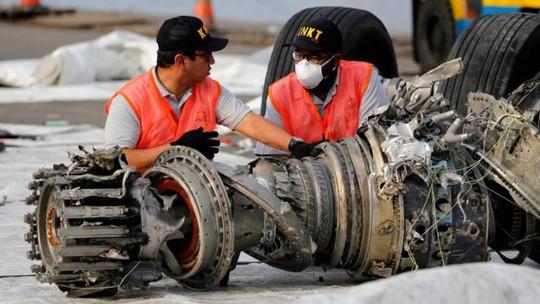 Cuộc chiến giữa người và máy trong những phút cuối vụ rơi máy bay Lion Air - Ảnh 3.
