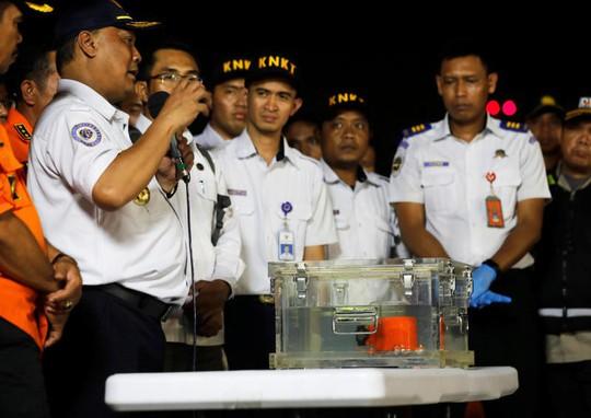 Cuộc chiến giữa người và máy trong những phút cuối vụ rơi máy bay Lion Air - Ảnh 1.
