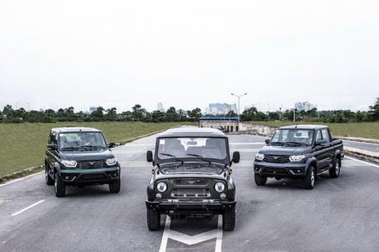 Ôtô Nga miễn thuế ra mắt rầm rộ rồi mất hút ở Việt Nam - Ảnh 1.