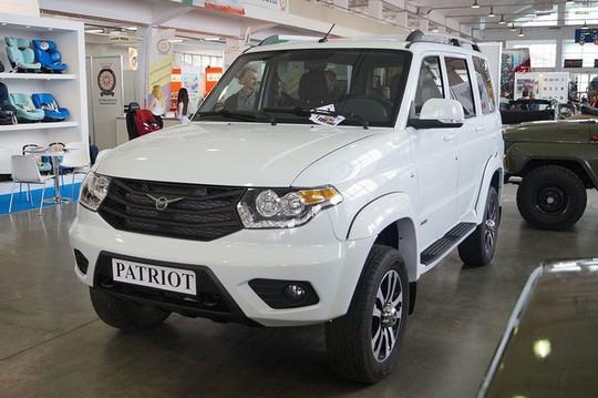Ôtô Nga miễn thuế ra mắt rầm rộ rồi mất hút ở Việt Nam - Ảnh 2.