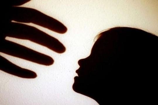 Người bị xâm hại, bạo lực: Hành vi tự tử cao gấp 15 lần người thường - Ảnh 3.