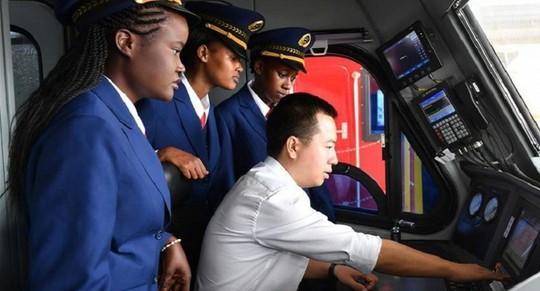 Kenya: Điều tra gian lận tại tuyến đường sắt do Trung Quốc xây dựng - Ảnh 3.