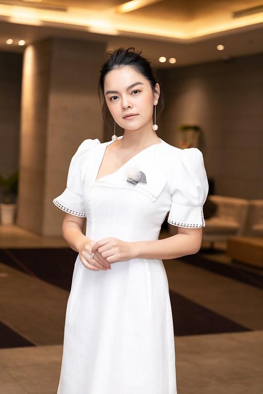 Clip: Sau ly hôn, Phạm Quỳnh Anh nam tính đến không tưởng - Ảnh 1.