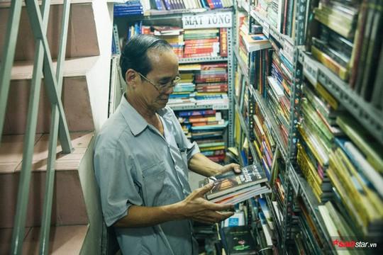 Tiệm sách miễn phí hơn 10 năm giữa lòng Sài Gòn - Ảnh 3.
