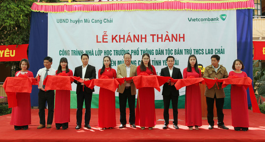 Vietcombank xây trường dân tộc bán trú tại Mù Cang Chải - Ảnh 1.
