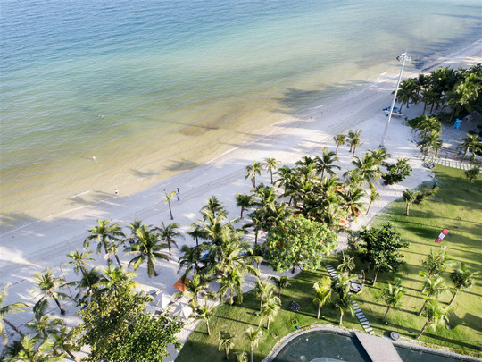 Top 100 Bãi biển đẹp nhất thế giới 2018 gọi tên bãi Kem - Ảnh 1.