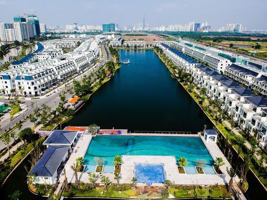 Nhà phố ven trung tâm Sài Gòn một năm tăng giá gần gấp đôi - Ảnh 2.