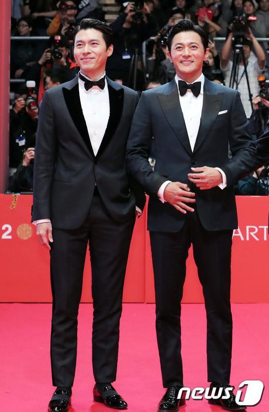 Jang Dong Gun và Hyun Bin: 2 cực phẩm quý ông - Ảnh 6.