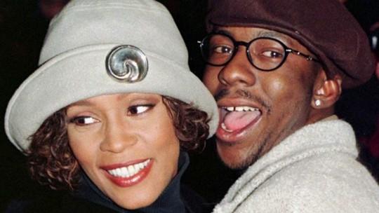 Chồng cũ cố danh ca Whitney Houston kiện phim tài liệu bi thương về bà - Ảnh 3.