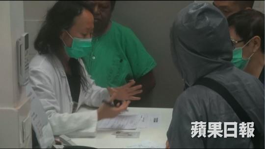 """""""Ngọc nữ"""" Lam Khiết Anh qua đời  cô độc, người thân bịt mặt đến nhận thi thể - Ảnh 2."""