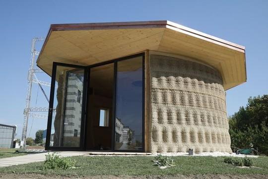Nhà xây bằng công nghệ in 3D làm từ... bùn - Ảnh 3.