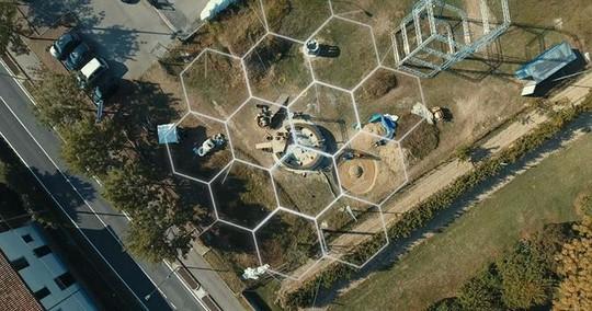 Nhà xây bằng công nghệ in 3D làm từ... bùn - Ảnh 5.