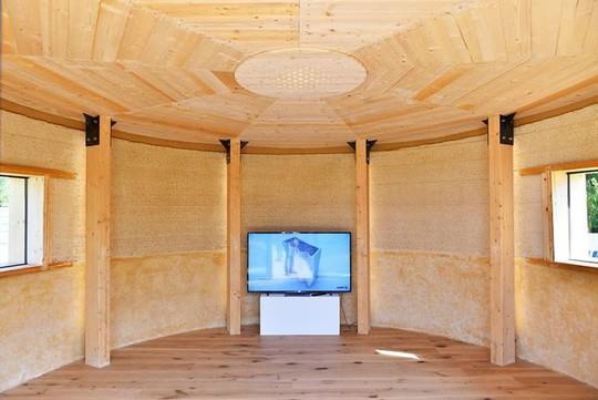 Nhà xây bằng công nghệ in 3D làm từ... bùn - Ảnh 9.