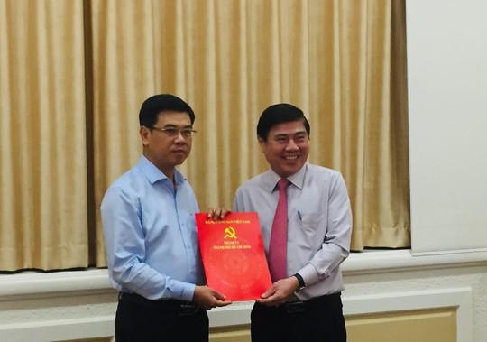 Thành ủy TP HCM chỉ định nhân sự Phó Bí thư quận 1 và Hóc Môn - Ảnh 1.