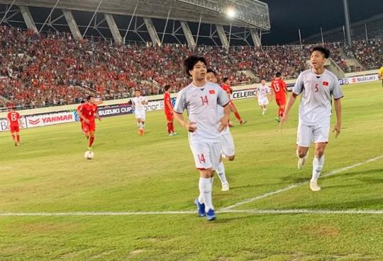 Việt Nam - Lào 3-0: Tiệc bàn thắng ở Vientiane - Ảnh 3.
