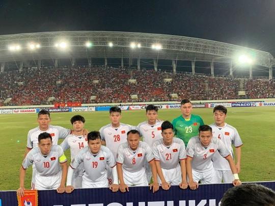 Việt Nam - Lào 3-0: Tiệc bàn thắng ở Vientiane - Ảnh 4.
