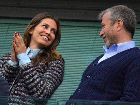 Tỷ phú Roman Abramovich tiêu khối tài sản khổng lồ thế nào? - Ảnh 6.