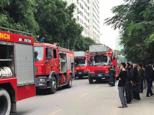 Phát hiện thi thể phụ nữ trong vụ cháy tại chung cư Linh Đàm - Ảnh 2.