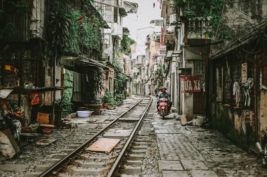 Ngắm Hà Nội xưa cũ qua những con phố nghìn năm tuổi - Ảnh 1.
