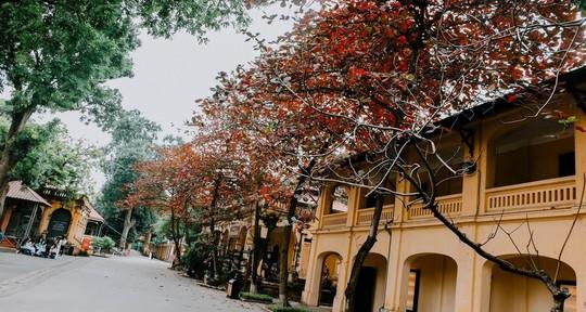 Ngắm Hà Nội xưa cũ qua những con phố nghìn năm tuổi - Ảnh 2.