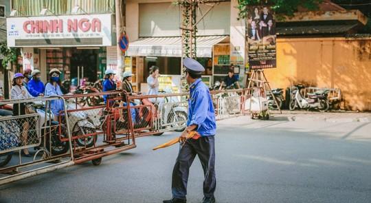 Ngắm Hà Nội xưa cũ qua những con phố nghìn năm tuổi - Ảnh 22.