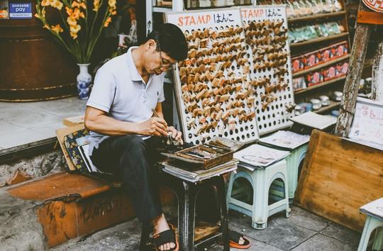 Ngắm Hà Nội xưa cũ qua những con phố nghìn năm tuổi - Ảnh 28.