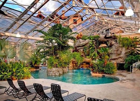 Chiêm ngưỡng những bể bơi trong nhà bậc nhất thế giới - Ảnh 8.