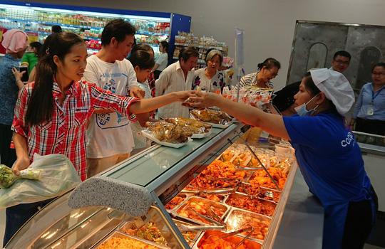 Ba siêu thị mới trong hệ thống Co.opmart bán hàng giá 0 đồng - Ảnh 4.