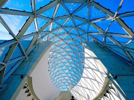 Lạc lối với 15 bảo tàng đẹp nhất thế giới - Ảnh 9.