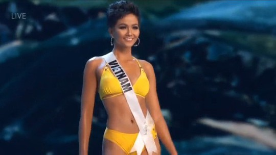 Bán kết Miss Universe 2018: HHen Niê khoe vóc dáng nóng bỏng - Ảnh 1.