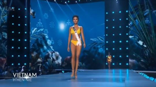 Bán kết Miss Universe 2018: HHen Niê khoe vóc dáng nóng bỏng - Ảnh 2.