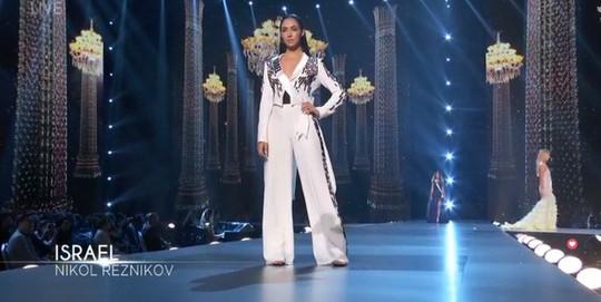 Bán kết Miss Universe 2018: HHen Niê khoe vóc dáng nóng bỏng - Ảnh 9.
