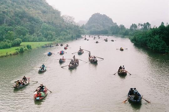 Lo ngại về siêu dự án tâm linh 15.000 tỉ tại Chùa Hương - Ảnh 1.