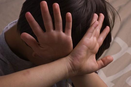 Cần dạy trẻ trai về xâm hại tình dục để biết phản kháng, thoát thân - Ảnh 4.