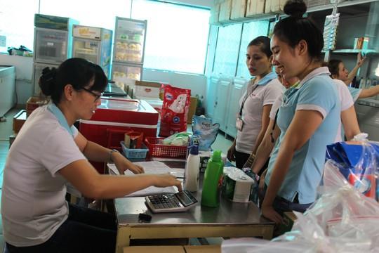 Hỗ trợ công nhân mua hàng giảm giá - Ảnh 1.