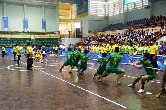 Gần 600 vận động viên đua tài tại hội thao Yến Sào Khánh Hòa - Ảnh 1.