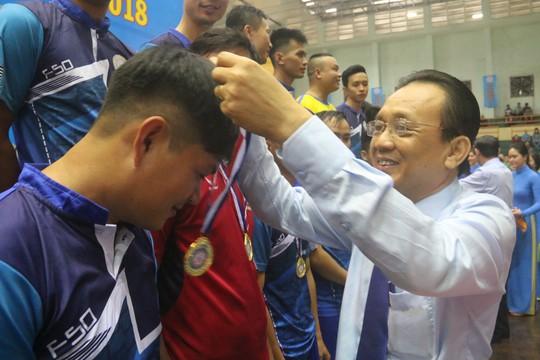 Gần 600 vận động viên đua tài tại hội thao Yến Sào Khánh Hòa - Ảnh 7.
