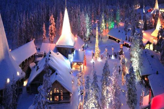 Ngắm những ngôi nhà đẹp như cổ tích trong mùa Giáng sinh - Ảnh 3.