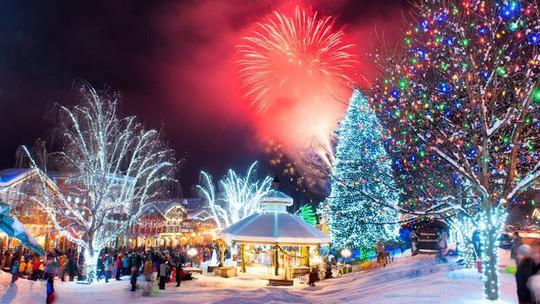 Ngắm những ngôi nhà đẹp như cổ tích trong mùa Giáng sinh - Ảnh 28.
