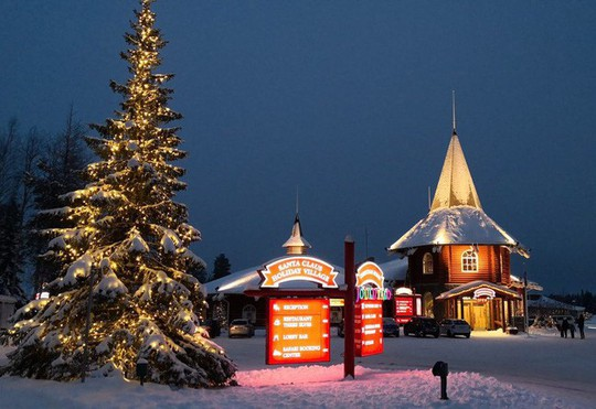 Ngắm những ngôi nhà đẹp như cổ tích trong mùa Giáng sinh - Ảnh 5.