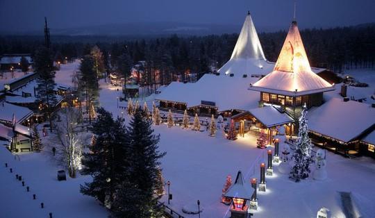 Ngắm những ngôi nhà đẹp như cổ tích trong mùa Giáng sinh - Ảnh 6.