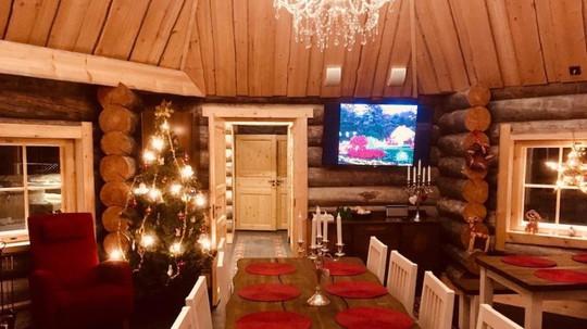 Ngắm những ngôi nhà đẹp như cổ tích trong mùa Giáng sinh - Ảnh 8.