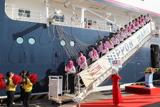 Tàu Nhật Bản chở 326 thanh niên ưu tú cập cảng Cát Lái - Ảnh 6.