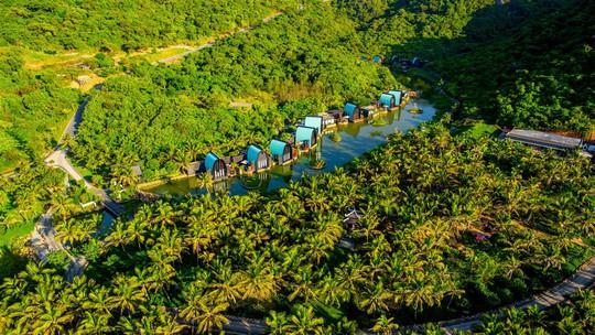 Tuyệt tác nghỉ dưỡng trên bán đảo Sơn Trà đạt giải thưởng Khu nghỉ dưỡng thân thiện với môi trường nhất thế giới - Ảnh 1.